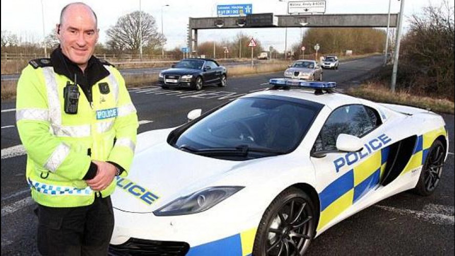 Una McLaren MP4 12C Spider per la polizia inglese