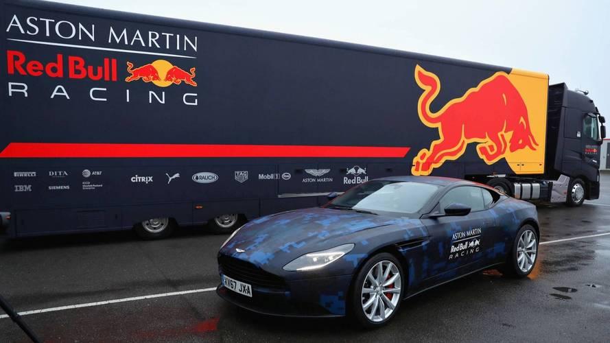 Így készült az F1 inspirálta Aston Martin DB11 a Red Bullnál