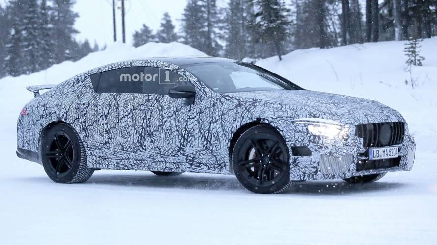 Mercedes-AMG GT Sedan bir kere daha yakalandı
