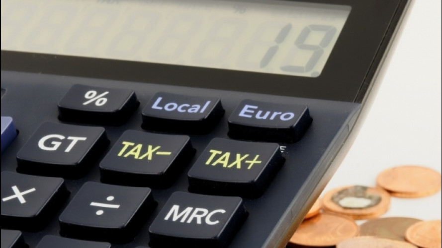 Documento unico, le polemiche sull'effettivo risparmio