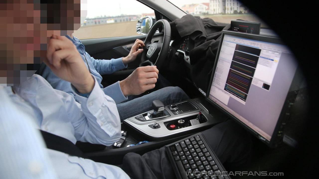 2016 Audi Q7 spy photo