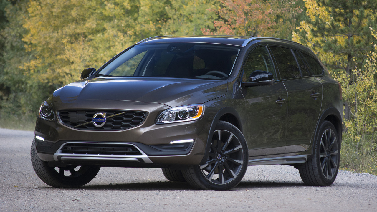 Review 2017 Volvo V60 Cross Country