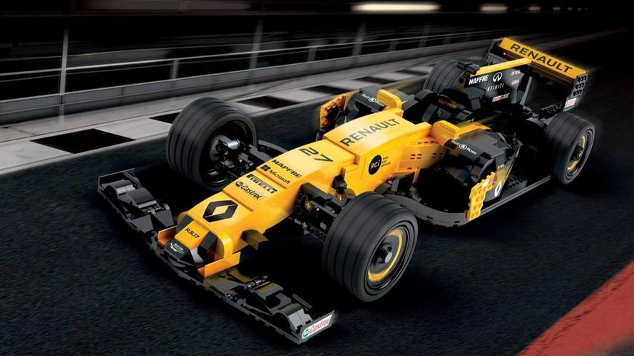 Renault builds 600,000-piece model of its RS 17 F1 car