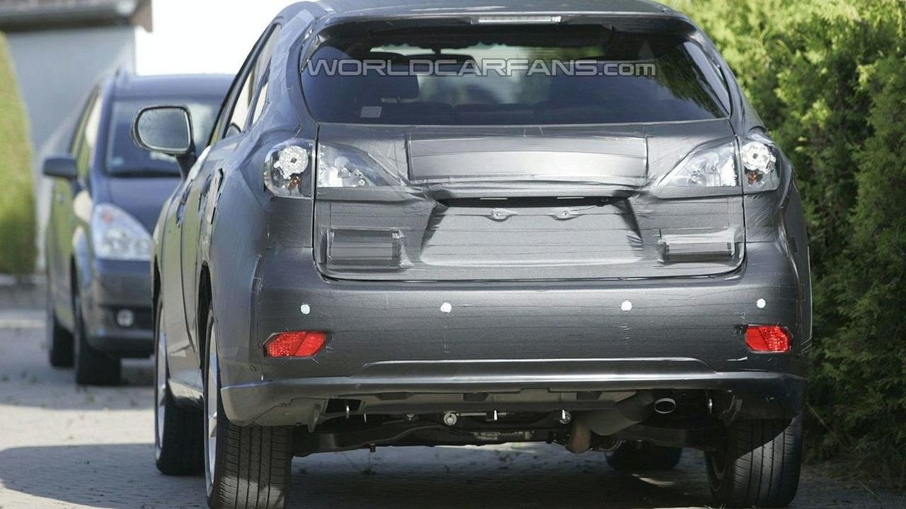 Lexus RX Spy Photo