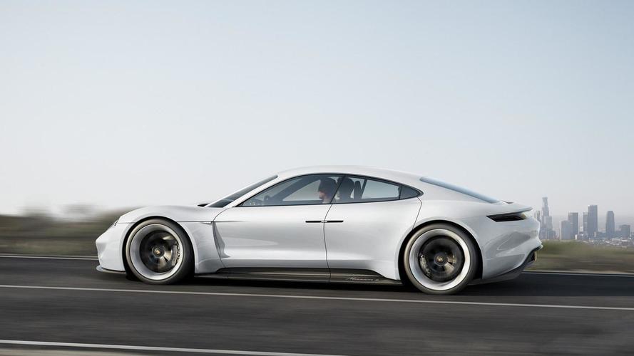 Porsche Mission E - Pas plus chère qu'une Panamera