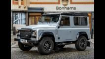 Exposição terá Land Rover Defender nº 2 milhões, que irá a leilão, como atração