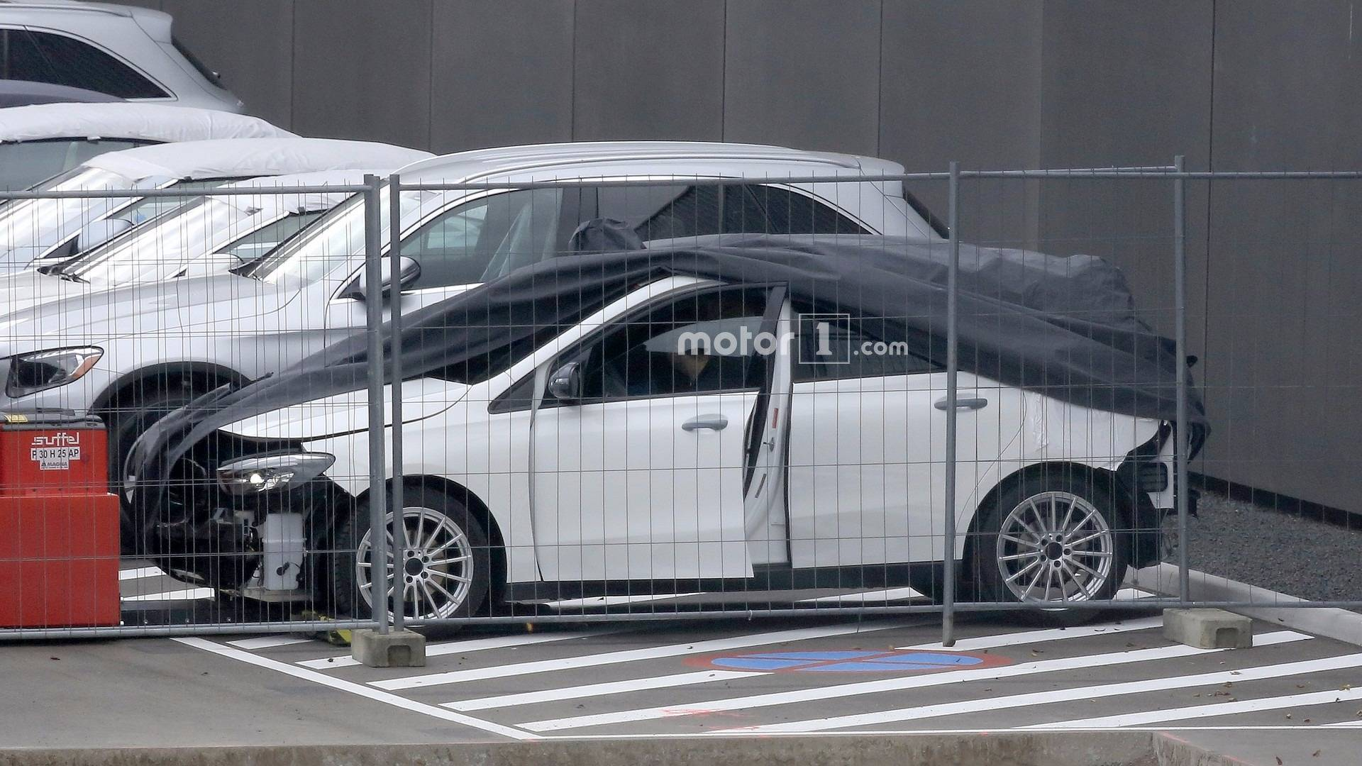 2019 mercedes b class caught on camera without bumpers. Black Bedroom Furniture Sets. Home Design Ideas