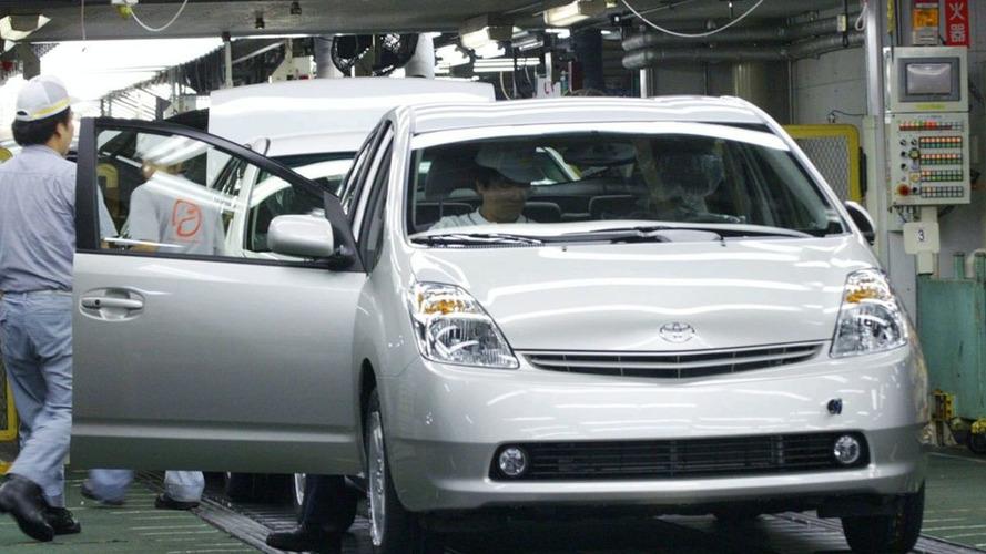Runaway Toyota Prius incidents arise - U.S. joins Toyota investigation