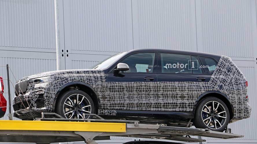 BMW X7, nuove foto spia del maxi SUV