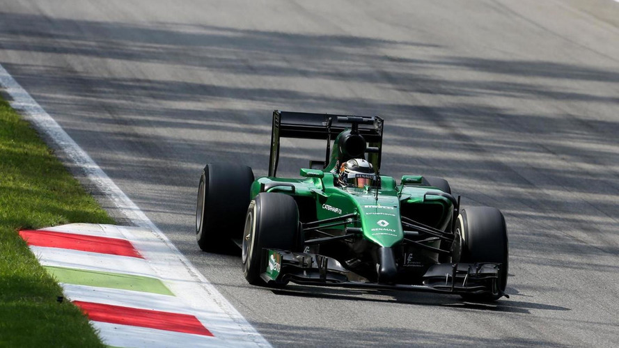 Kobayashi keeps Caterham seat for Singapore