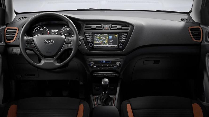 Hyundai i20 Coupe brings its sleek body to Geneva