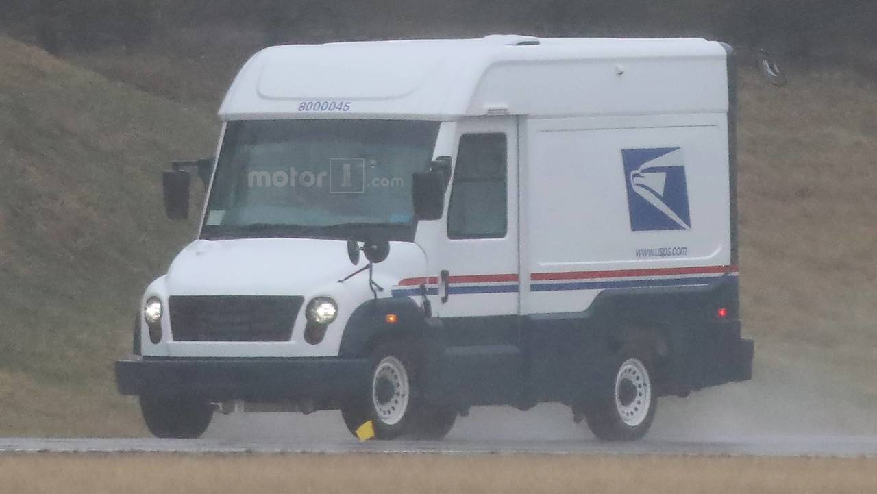 Mahindra U.S. Postal Service Prototype