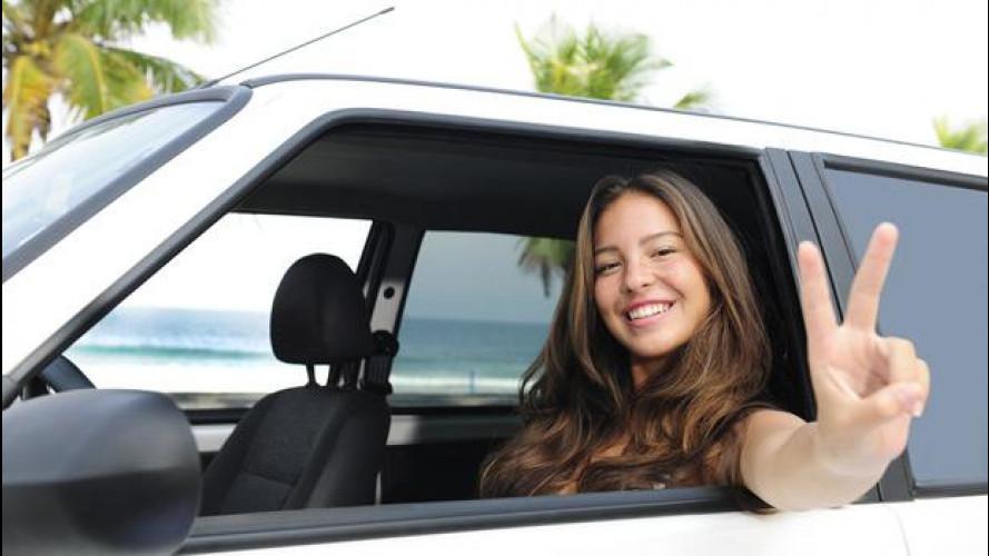 Le donne al volante sono più brave degli uomini