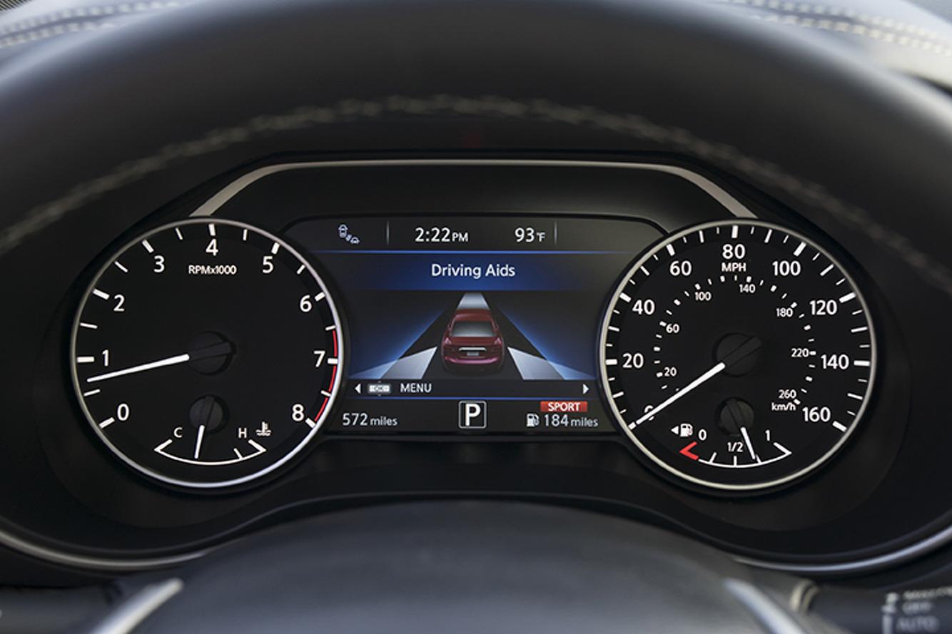 The 2016 Nissan Maxima Isn't a Sports Sedan, But It's Engaging: First Drive