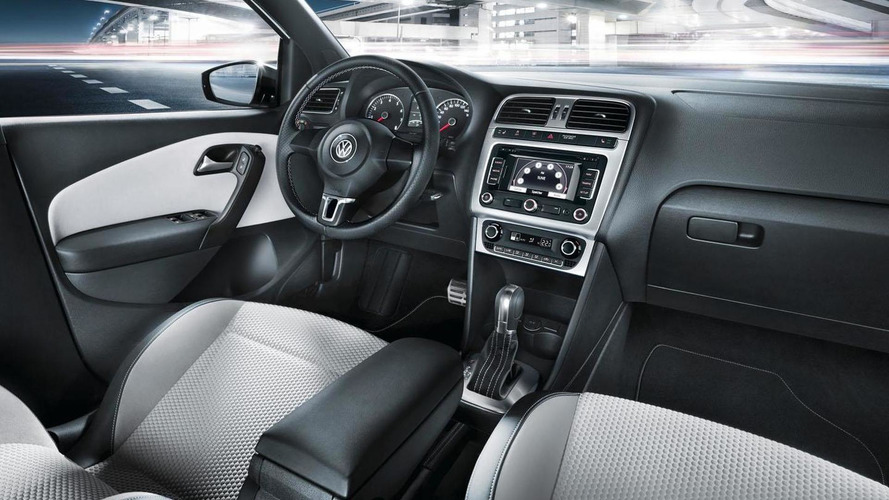Volkswagen CrossPolo Urban White announced