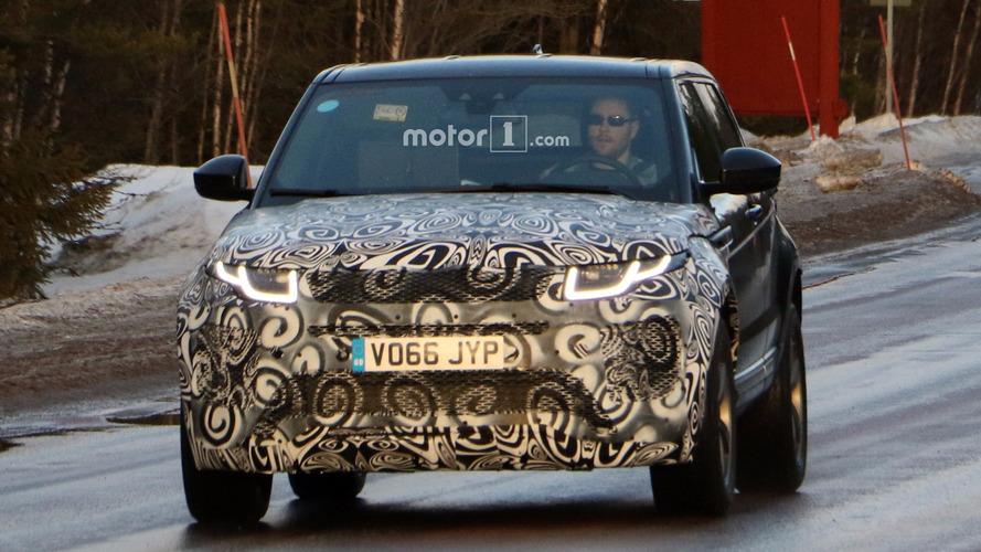 2019 Range Rover Evoque spy photos