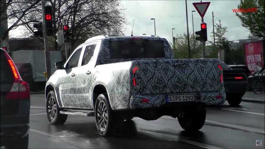 Mercedes-Benz Classe X 2018 - Flagra