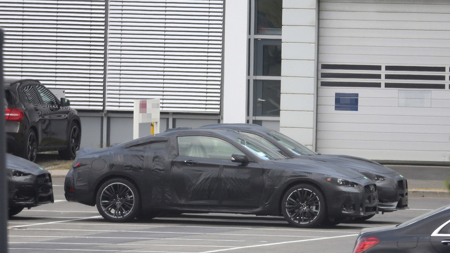 2017 Infiniti Q60 Coupe spied for the first time