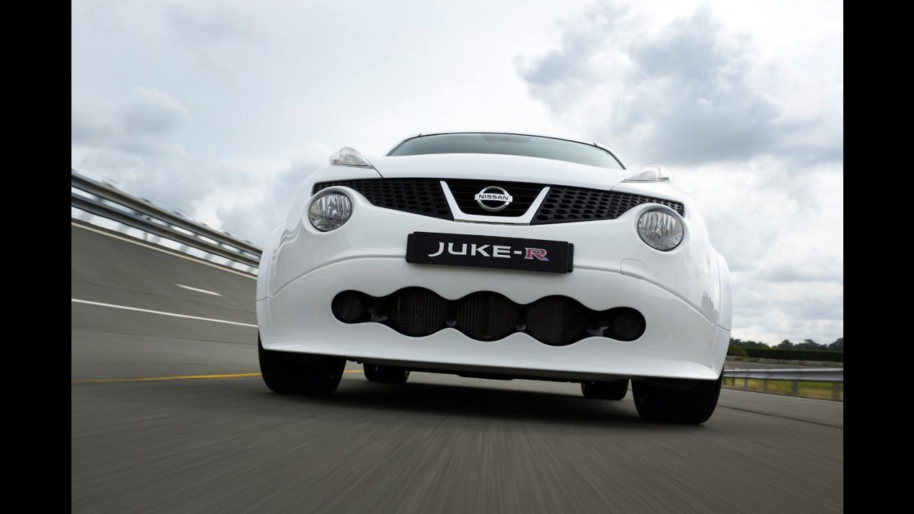 Nissan Juke R, il primo esemplare