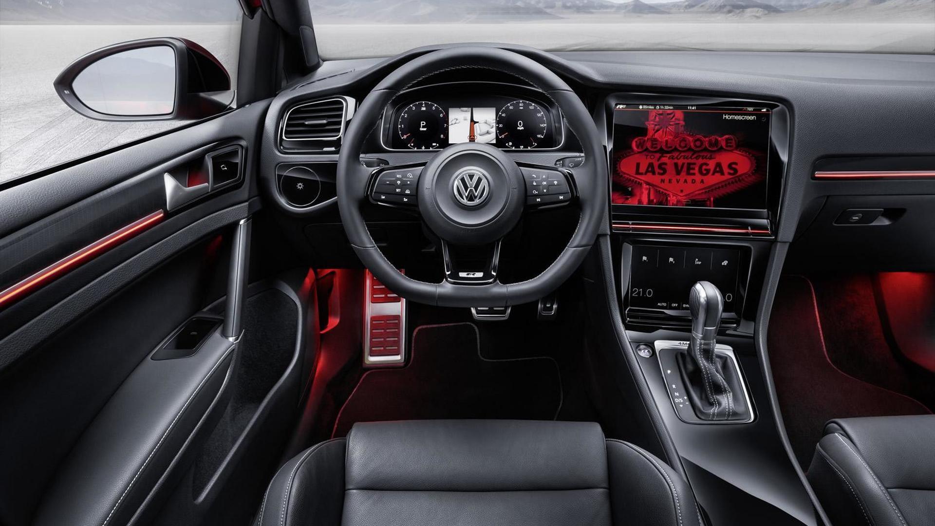 Кожаный салон Volkswagen Golf R Touch