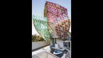 Bugatti Chiron alla Fondation Louis Vuitton di Parigi