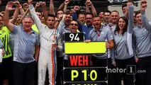 Pascal Wehrlein, Manor Racing celebrate his top 10 finish with the team