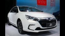 Híbrido: BYD lançará o sedã compacto Qin Hybrid com 315 cv de potência