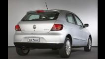 Brasil: Veja a lista dos carros mais vendidos em dezembro de 2010 - Uno cola no Gol