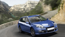 2011 Renault Laguna facelift first pics released