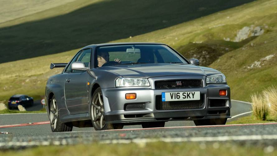 Motor1 Legends: 1999 Nissan Skyline GT-R R34
