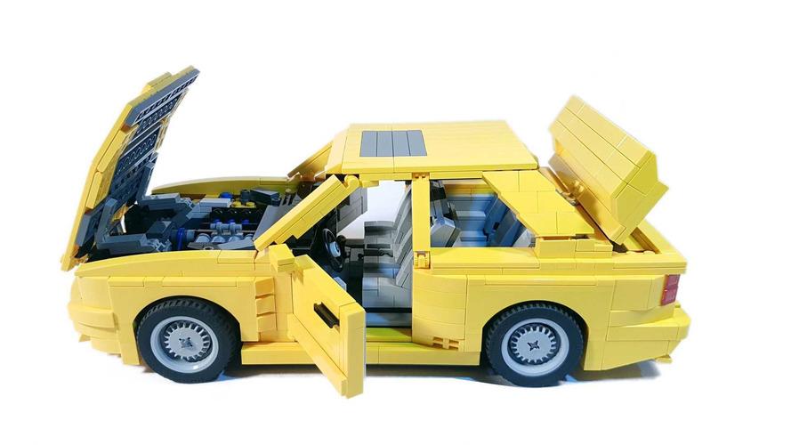 ¡Nos encanta el BMW M3 E30 de Lego Ideas!