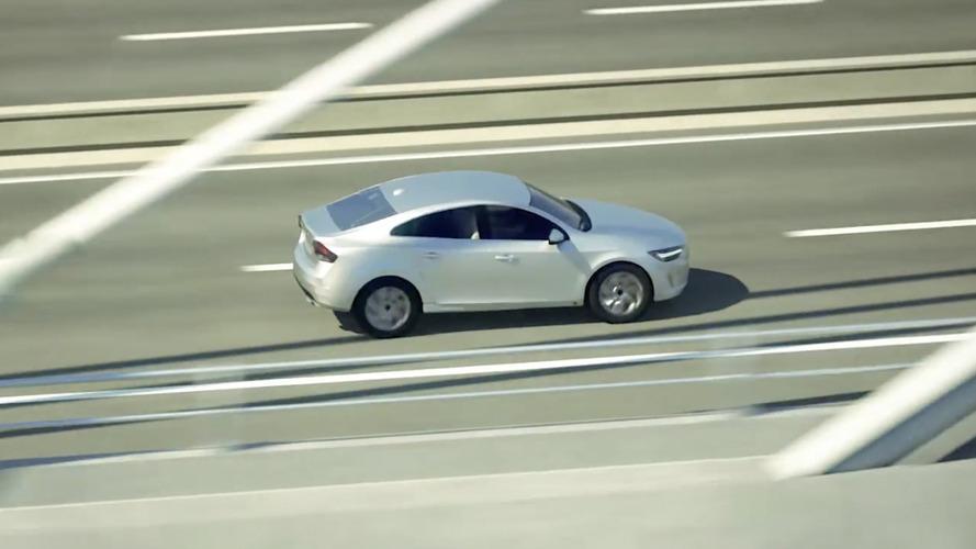 Volvo S40? - Misterioso sedã compacto