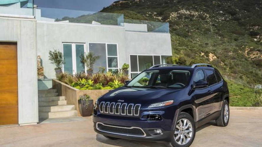 Chrysler to voluntary recall 1.4 million models after hacking incident