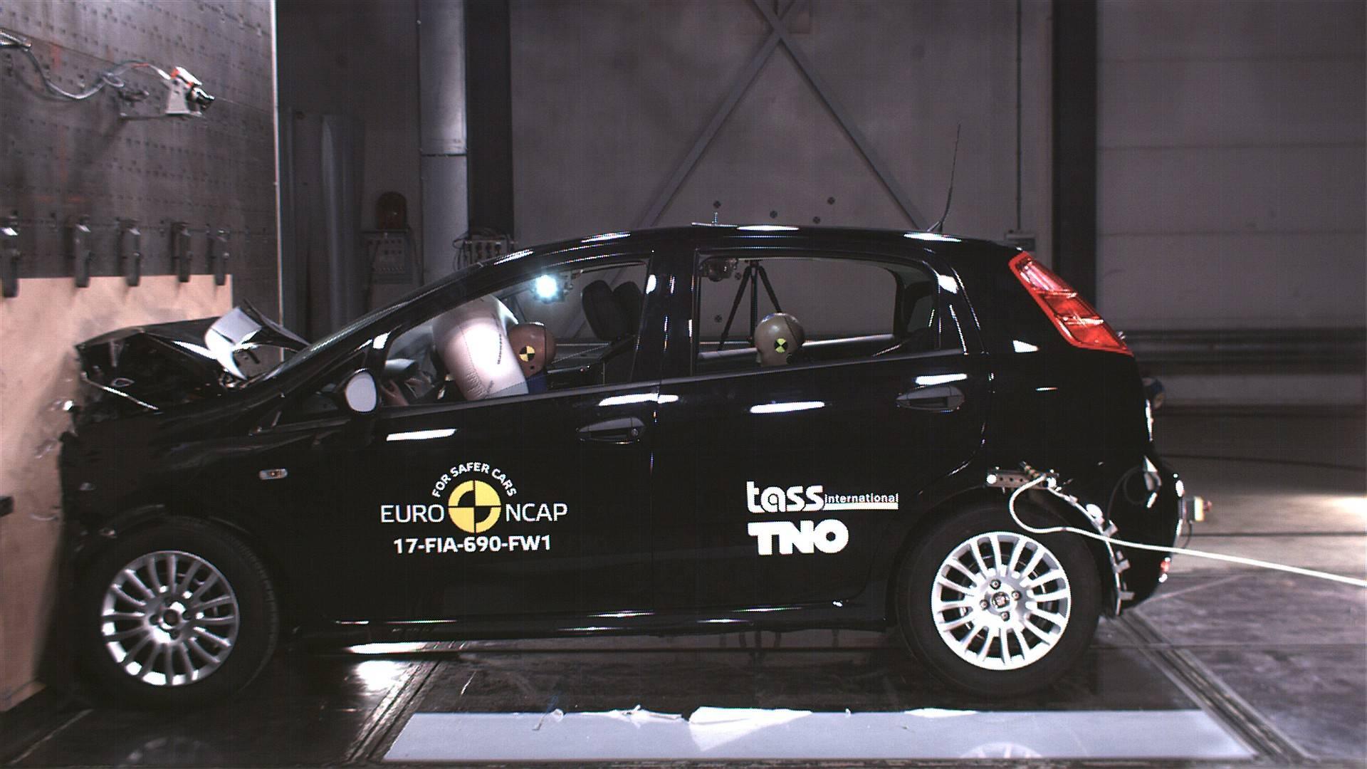 crash punto new excels leaf as introduces strict news aeb euro test fiat nissan ncap