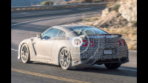 Nissan GT-R restyling, le foto spia