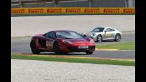 Pirelli P Zero Corsa System, a Valencia con McLaren MP4-12C, Lamborghini Aventador e Porsche 911