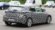 Yeni jenerasyon Toyota Auris ilk kez görüntülendi