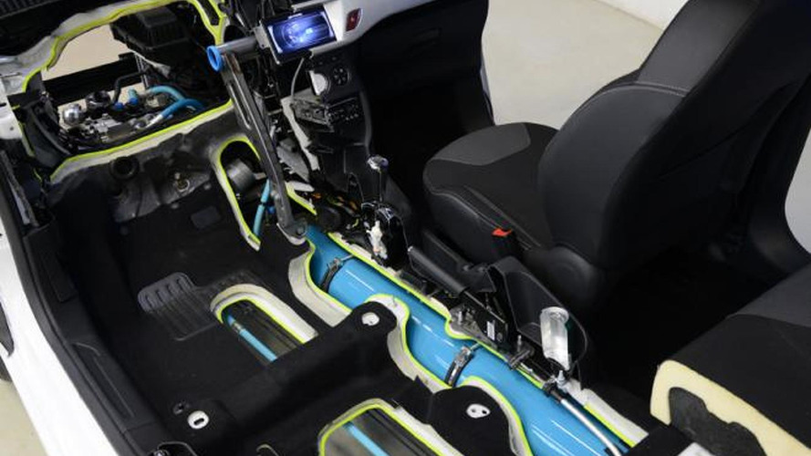 PSA Peugeot Citroen Hybrid Air powertrain still on track - report