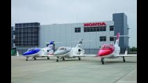 Assim na terra como no céu: marcas que fazem carros e aviões