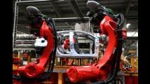 Política instável do governo pode cancelar projetos de novas fábricas no Brasil