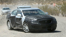 Kia VG spy photos