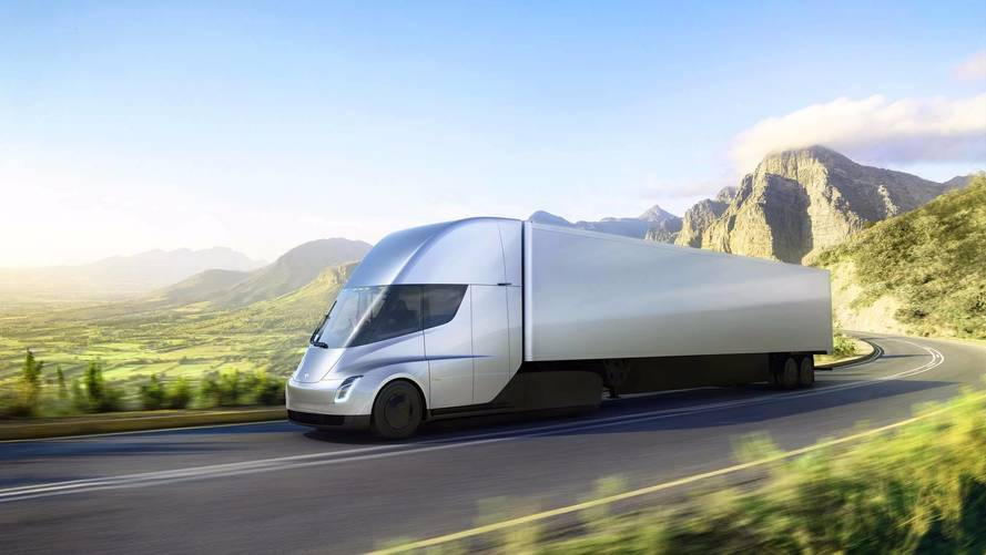 Tesla Semi Does 0-60 in 5 Seconds, Goes 500 Miles At Highway Speed