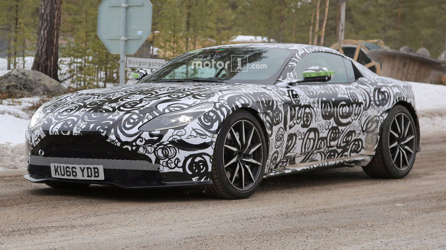 Aston Martin DB11 S'in casus fotoğrafları ilk kez görüntülendi