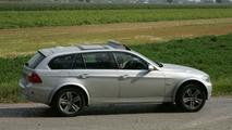 BMW X4 test mule spy photos