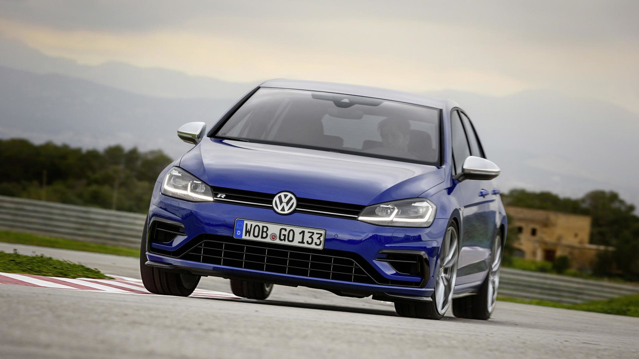 2018 vw golf r will get less power in u s than europe. Black Bedroom Furniture Sets. Home Design Ideas