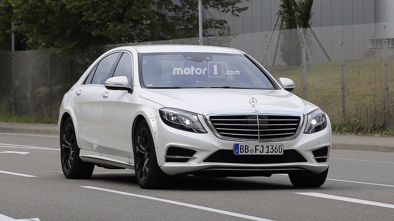 2020 Mercedes S-Class spy photo