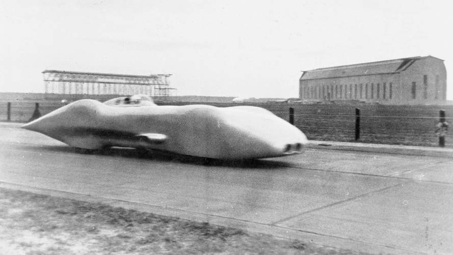 80 yıl önce Mercedes W125 halka açık yolda rekor kırmıştı