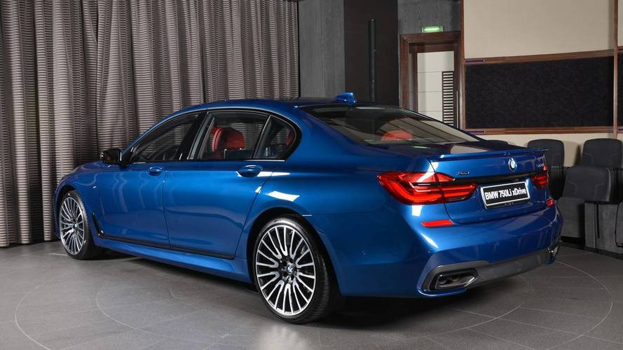 BMW M750Li Looks The Part With Plenty Of Extras