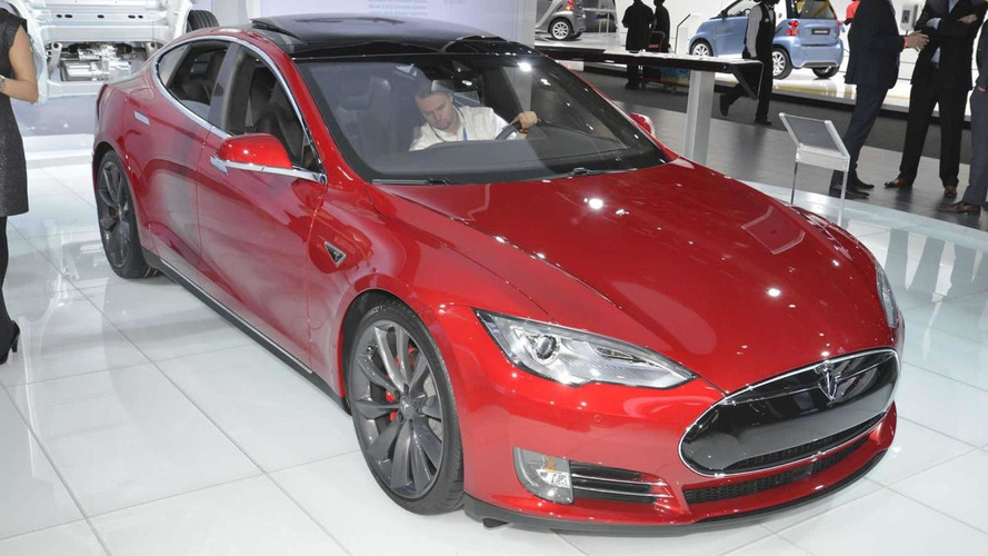 Tesla Motors unlikely to develop battery swap program because Superchargers are fast enough