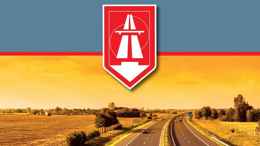 Éjfélkor lejár a tavaly vásárolt országos és megyei éves autópálya-matricák érvényessége